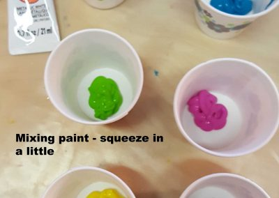 008-Paints In Cups